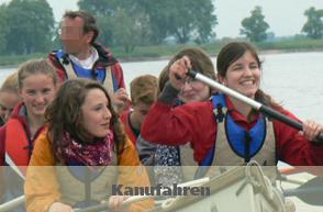 Im Kanu auf der Elbe