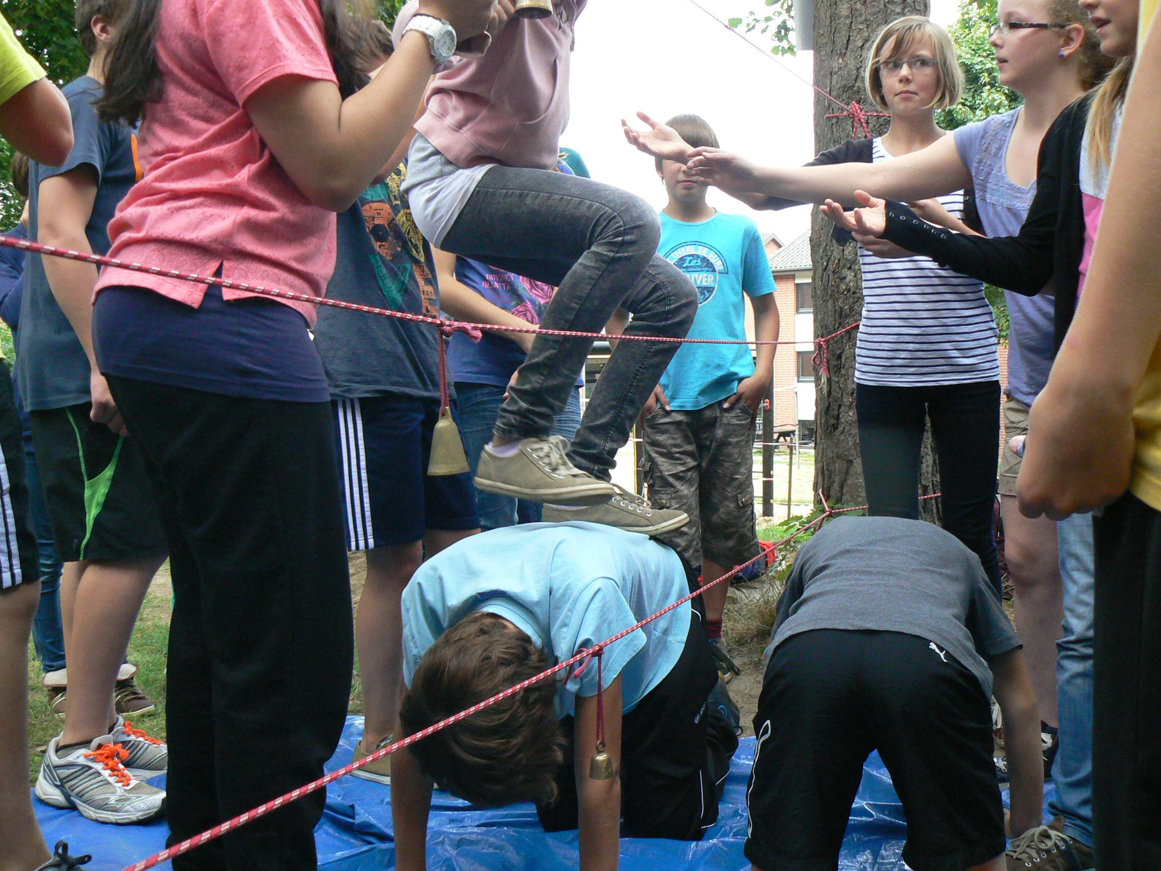 Teamübung Spinnennetz